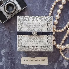Vintage style wedding invitations to make yourself. Art deco style wedding ideas.