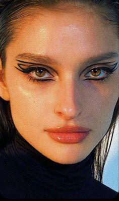 Dope Makeup, Edgy Makeup, Makeup Eye Looks, Creative Makeup Looks, Eye Makeup Art, No Eyeliner Makeup, Skin Makeup, Makeup Inspo, Makeup Inspiration