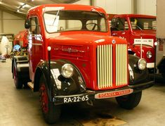 Scania-Vabis L51 Truck 1957 Trucks, Antique Cars, Jeep, Vehicles, Sweden, Vintage Cars, Truck, Jeeps, Car