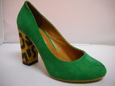 1 Bresley Danesh - Wga T - Bresley Danesh suede court with heel. Available in Black/Leopard, Red/Leopard and Green/Leopard. High Heels, Shoes Heels, Pumps, Tango Shoes, Red Leopard, Shoes Online, Peep Toe, Range, Green