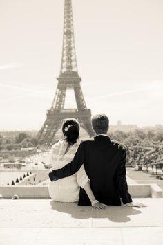 Honeymoon & wedding in one! classic bride: Très Romantic Vintage-Inspired Elopement in Paris  #dawninvitescontest