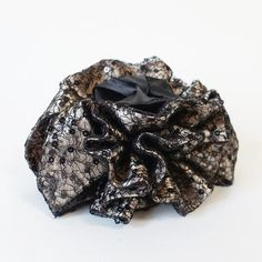 Luxury hair accessories made by VeryShine,Hair accessories fashion retailer in South Korea. Handmade Hair Accessories, Hair Accessories For Women, Satin Flowers, Flowers In Hair, Fabric Bows, Mesh Fabric, Stop Hair Loss, Luxury Hair, Elastic Hair Ties