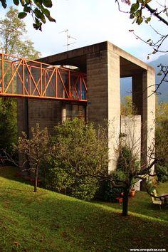 Casa-Bianchi-(Riva-San-Vitali)-  Mario Botta