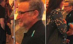 Robin Williams, un día antes de suicidarse   Esta imagen pone los pelos de punta. Se trata del actor Robin Williams durante un evento de arte al que acudió con su mujer tan solo un día antes de quitarse la vida el 11 de agosto de 2014.   Williams falleció a la edad de 63 años quizás a consecuencia de la demencia que padecía. Estaba acostumbrado a medicarse fuertemente lo que le provocaba efectos secundarios terribles.  La autopsia desveló posteriormente que el actor no había consumido ni…