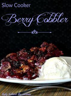 Slow Cooker Berry Cobbler~T~ yum