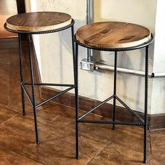 Industrial Interior Design, Vintage Industrial Furniture, Industrial Interiors, Furniture Projects, Furniture Decor, Woodworking Projects Plans, Room Paint, Stool, Sweet Home