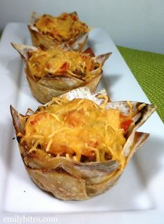"Emily Bites - Weight Watchers Friendly Recipes: Cheeseburger ""Cupcakes"""