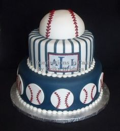 Cutest Baseball Cake for Bday or baby shower. I would add a lil flag to write the baby's name or a small baby quote...Ahhhh I want it! Lol