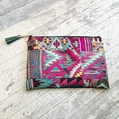Gift for her : Clutch Bag in african print with wrist strap or shoulder strap, ethnic print green and fuchsia with black suede fabric - Loving Bags UK Bags Uk, Fabric Gifts, Ethnic Print, Front Bottoms, Fuchsia, Suede Fabric, Boutique, Clutch Bag, Black Suede