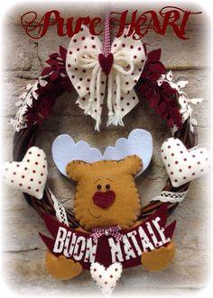 Per noi creative il Natale è un delirio...siamo già da tempo alle prese con stoffe natalizie e nastri di ogni genere...le idee sono tante.....