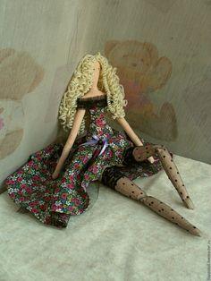 Купить Тильда Кристина - черный, кукла ручной работы, кукла в подарок, тильда, чулки