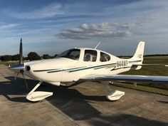 2003 Cirrus SR22 for sale in Stuart, FL United States => www.AirplaneMart.com/aircraft-for-sale/Single-Engine-Piston/2003-Cirrus-SR22/13694/