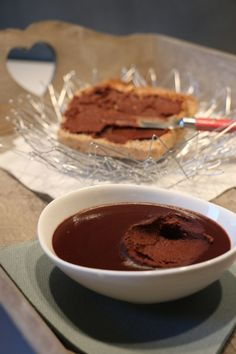 Pâte à tartiner chocolat et noisettes, IG bas Macarons, Chocolate Fondue, Brunch, Pie, Sweets, Breakfast, Desserts, Food, Provence