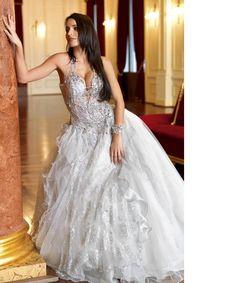 Micaela Oliveira Formal Dresses, Wedding Dresses, Beautiful Dresses, All Things, Girly, Castles, Fairies, Dreams, Fashion