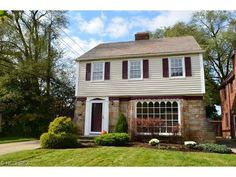 NEW LISTING! FIRST OPEN HOUSE 11/16/14 FROM 12 TO 2* Shaker Heights Real Estate - 3726 Strandhill Rd, Shaker Heights, OH, 44122