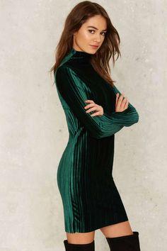 Φόρεμα βελούδινο εφαρμοστό - Φορέματα - Bershka Greece  e9bb16802e7