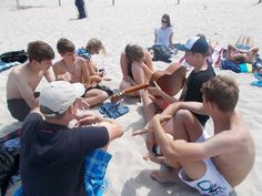 Rozrywka na plaży. #plaża #morze #słońce #relaks