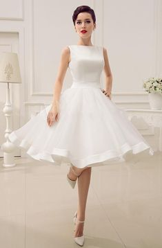 Ball gown Wedding Dress,Tulle Homecoming Dress,Puffy Short Wedding