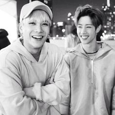 Markson   Mark and Jackson just being themselves.. Mark has such a radiant smile.. my favourite Got7 pic of all.. (Seeing this again, I realize it's what gave me a taste for Mark.. he didn't start out my type but he sure is now.. it was this smile..)