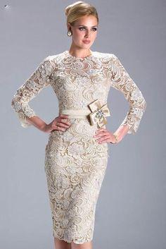 Sheath/Column Bateau Knee-length Lace Evening Dress
