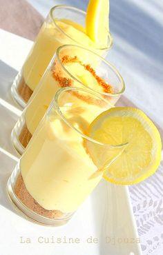 verrine speculoos cream with lemon cheese philadelphia Mousse Dessert, Creme Dessert, Cheese Recipes, Baby Food Recipes, Dessert Recipes, Cakes That Look Like Food, Tiramisu, Lemon Cheese, Low Carb Dessert