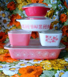 Pink Pyrex. Looove that hot pink on top! And pink butterprint!