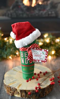 Fun Christmas Gift Idea for Friends - 25 Fun & Simple Gifts for Neighbors this . - Fun Christmas Gift Idea for Friends – 25 Fun & Simple Gifts for Neighbors this Christmas – - Funny Christmas Presents, Mason Jar Christmas Gifts, Neighbor Christmas Gifts, Easy Diy Christmas Gifts, Holiday Gift Tags, Christmas Gifts For Friends, Neighbor Gifts, Xmas Gifts, Christmas Crafts