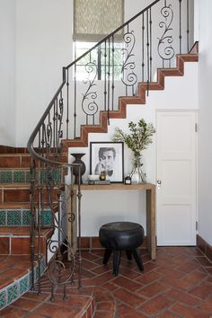 So, Shay Mitchell Has a Serious Interior Design Passion—See Inside Her L. Home Shay Mitchell, Chur, American Interior, Bars For Home, Interior Design Inspiration, Decoration, House Tours, Future House, Interior Architecture