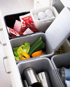 Great idea for trash, compost, recycle..57 Practical Kitchen Drawer Organization Ideas | Shelterness