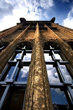 Looking up the face of the dais Oriel of one of Chipping Campden's finest medieval hall houses.