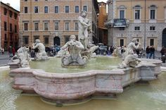 Fontana del Moro  Fontana del Moro is one of the three magnificent fountains found in Piazza Navona. It was constructed in 1575 after the Giacomo della Porta was designed. Its basin was made of antique rose marbles. It became very prominent because of its statues of tritons.