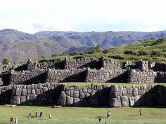Sacsayhuaman http://daleviaja.com/valle-sagrado-de-los-incas/