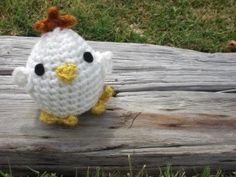 Eggy – The Cute Chicken Pattern- FREE CROCHET PATTERN ༺✿Teresa Restegui http://www.pinterest.com/teretegui/✿༻
