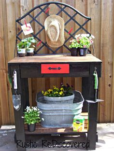 Rustic ReDiscovered: Welcome Spring - Pallet Potting Table 2