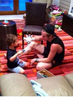 Once upon a time, Luke hemmings played with kids, then I died . The end<<< rep- inning for the comment 5sos Luke, 1d And 5sos, I Love Him, My Love, Luke Roberts, Michael Clifford, Second Of Summer, Luke Hemmings, Punk Rock