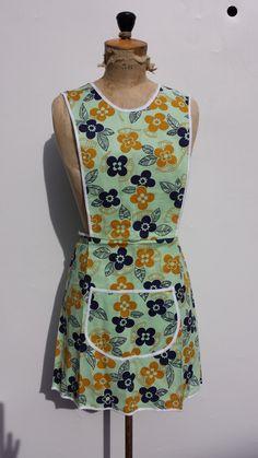 vintage flowerpower schort mintgroen maat Small en Large. door SparklingSixties op Etsy 1960s, High Neck Dress, Etsy, Vintage, Dresses, Fashion, Vestidos, Moda, Fasion