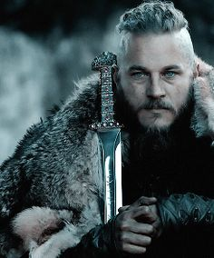 King Ragnar (Travis Fimmel) in Vikings