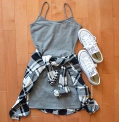 We love cute day drinking outfits like this one! - - We love cute day drinking outfits like this one! We love cute day drinking outfits like this one! Fashion Mode, Teen Fashion Outfits, Mode Outfits, Fashion Beauty, Fashion Ideas, Dress Fashion, Fashion Tips, Casual Teen Fashion, Teen Fashion Winter