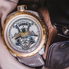 This is shout out to all the weekend warriors  #brolifeco #watches #luxurywatch #dailywatch #bomberg #watchanish #luxury #rolex #luxurywatchlife #watchporn #watchmania #watch #barstool #watchesofinstagram #wristporn #love #instawatch #luxurylifestyle #style #thechive #watchaddict #lavish #smokeshow #sideboob #wealth #losangeles #chicago #miami #nyc #brope