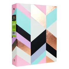 This greenroom™ Mini Rose Gold Binder is perfect for adding a little shine to your desk. The fun rose gold, pink, blue and black geometric. School Locker Organization, Receipt Organization, Cute School Binders, School Notebooks, Gold Office Accessories, School Accessories, Locker Accessories, File Binder, Back To School Supplies
