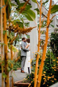 MN Landscape Arboretum wedding - bride and groom at the Sensory Gardens || Laura Robinson Photography www.laurarobinsonphoto.com