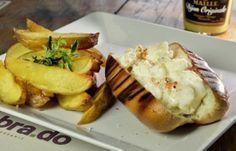 Bra.do: lascas de lagosta com maionese aromática, servida no pão de leite laqueado de manteiga clarificada e grelhado na churrasqueira, acom...