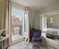Hôtel Mareuil   #Paris #Hotel #Chambre #Bedroom #Roomwithaview