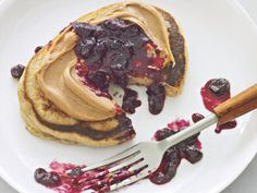 Peanut Butter & Jelly Pancake: www.prevention.com/food/healthy-recipes/healthy-breakfasts-for-all-day-energy/peanut-butter-and-jelly-pancake