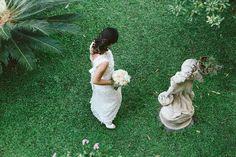Fotografo di matrimonio. Il mio modo di lavorare è sempre vigile e attento per le cose e le persone che mi circondano ed i particolari. Reportage matrimoni.