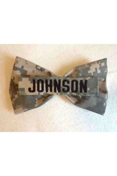 Items similar to Bow with your loved one's name or branch on nametape on Etsy Military Hair, Military Couples, Military Love, Army Love, Military Beret, Military Careers, Air Force Girlfriend, Military Girlfriend, Soldier Love