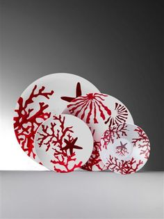 Coral Etoile Melamine from Mario Luca Giusti in Yardley, PA from Pink Daisy Coastal Wall Art, Coastal Decor, Pottery Painting, Ceramic Painting, Hand Painted Ceramics, Porcelain Ceramics, Ceramic Plates, Ceramic Pottery, Underwater Painting