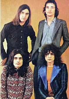 ❤Marc Bolan ❤Mickey Finn ❤Bill Legend and ❤ Steve Currie of T. Marc Bolan, Lucky Luke, Glam Rock, Led Zeppelin, T Rex, Music Notes, Music Stuff, Deep Purple, Music Is Life