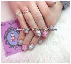 #nail #nails #nailart #polka dot #roses @chez_miss_tinguette #villeray