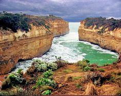 Loch Ard Gorge, Victoria - Australia Coast Australia, Western Australia, Australia Travel, Australia Destinations, Exotic Places, Victoria Australia, Amazing Nature, Outdoor Travel, Places To Travel